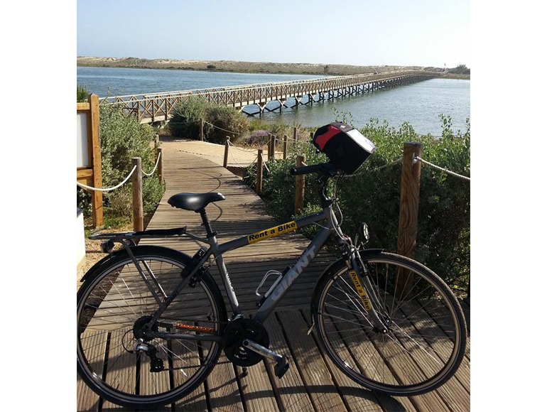 Bike for touring long distances, book your self guided Bike tour in Portugal | MegaSport Travel