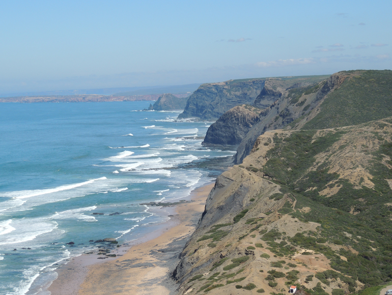 Algarve shore for bike touring and MTB in Algarve | MegaSport Travel