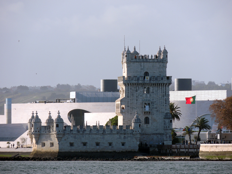 Portugal monuments in Lisbon, see them upclose in a bike tour. | MegaSport Travel