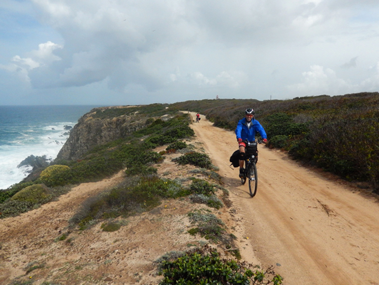 Roads near the ocean, bike tours coast to coast cycling holidays | MegaSport Travel