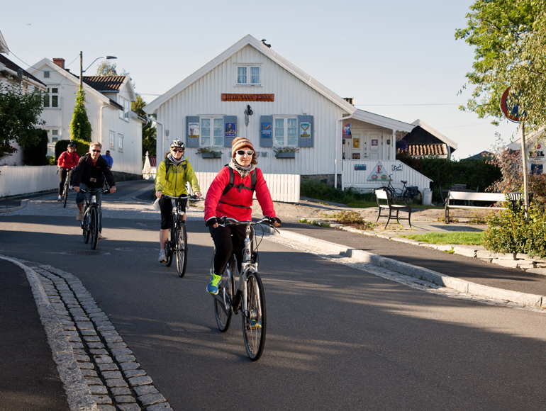 Bike tours in northen Europe: Norway Bike Tours | MegaSport Travel