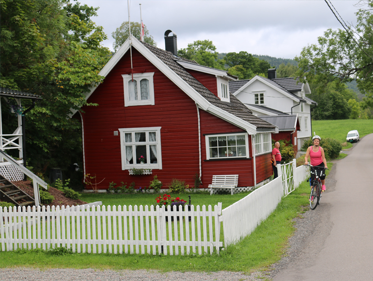 Bike tours near amazing sights: Bike Tour Oslo | MegaSport Travel